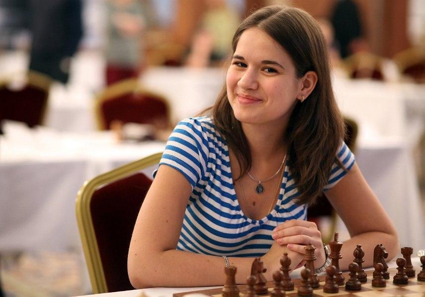 👆 Интервью с шахматисткой Алина Кашлинской — на SportObzor.ru
